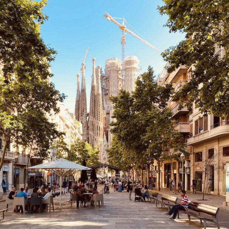 barcelona-tours-barcelona-day-tour-avinguda-gaudi