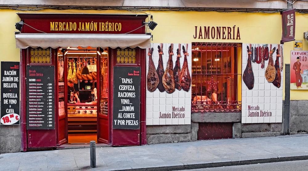 Royal Palace of Madrid & Habsburgs Tour, Jamones