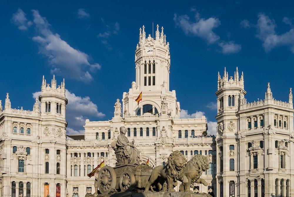 Guided Tours of Madrod - Madrid Prado Museum & Art Walk Tour - Madrid City Hall