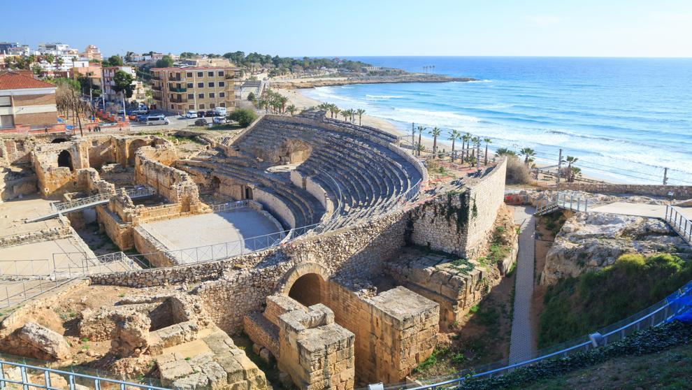 tarragona-from-barcelona-roman-amphitheatre
